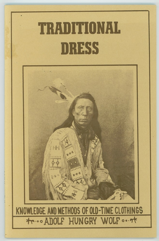 Image for Traditional Dress  Knowledge and Methods of Old-Time Clothings